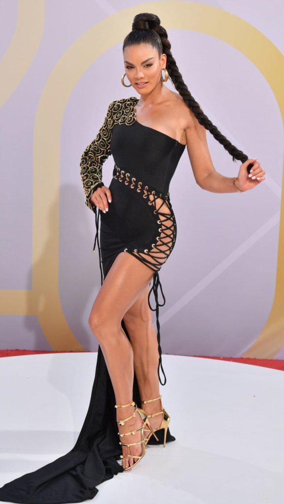 Zuleyka Rivera para Eravos en Billboard Latino